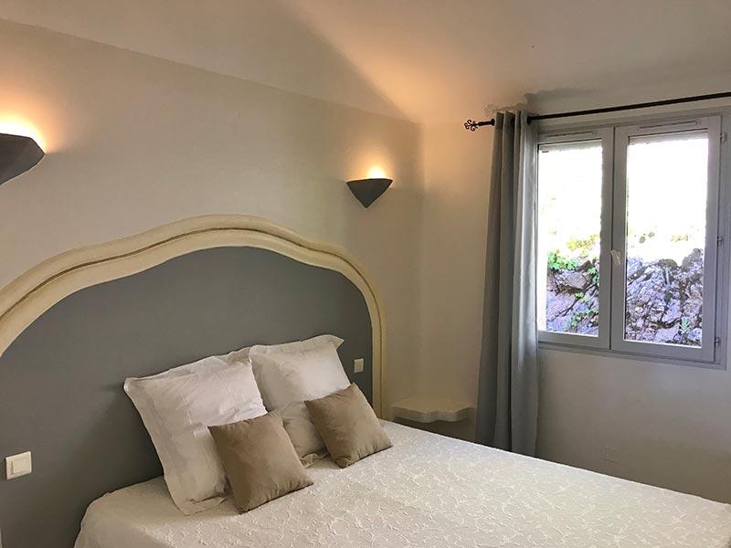 Location appartement 2 à 3 personnes en Corse du Sud à Porto-Vecchio, T2 Kallistemon Pietra Di Sole